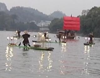 两江四湖景区:水上路面卫生双管齐下