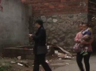 瓦窑西路一巷:  敞口垃圾池问题依然严峻
