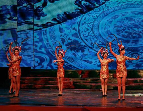 桂林电视台首届观众节晚会